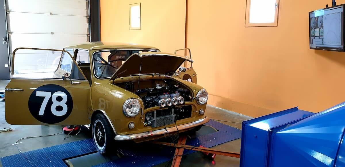 Préparation moteur Austin Mini sur le banc de puissance Rotronics