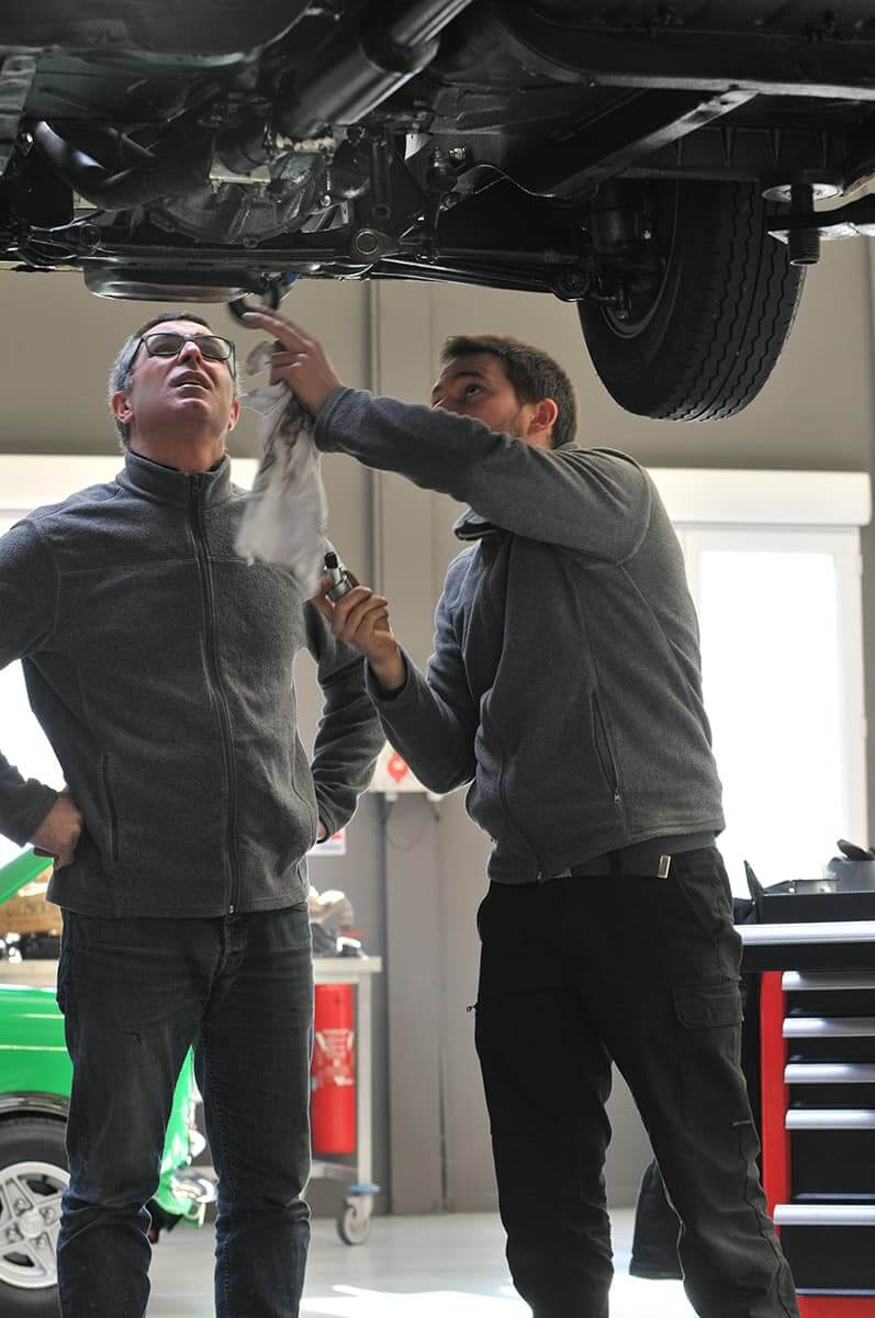 Le Garage des Damiers assure l'entretien mécanique de votre véhicule