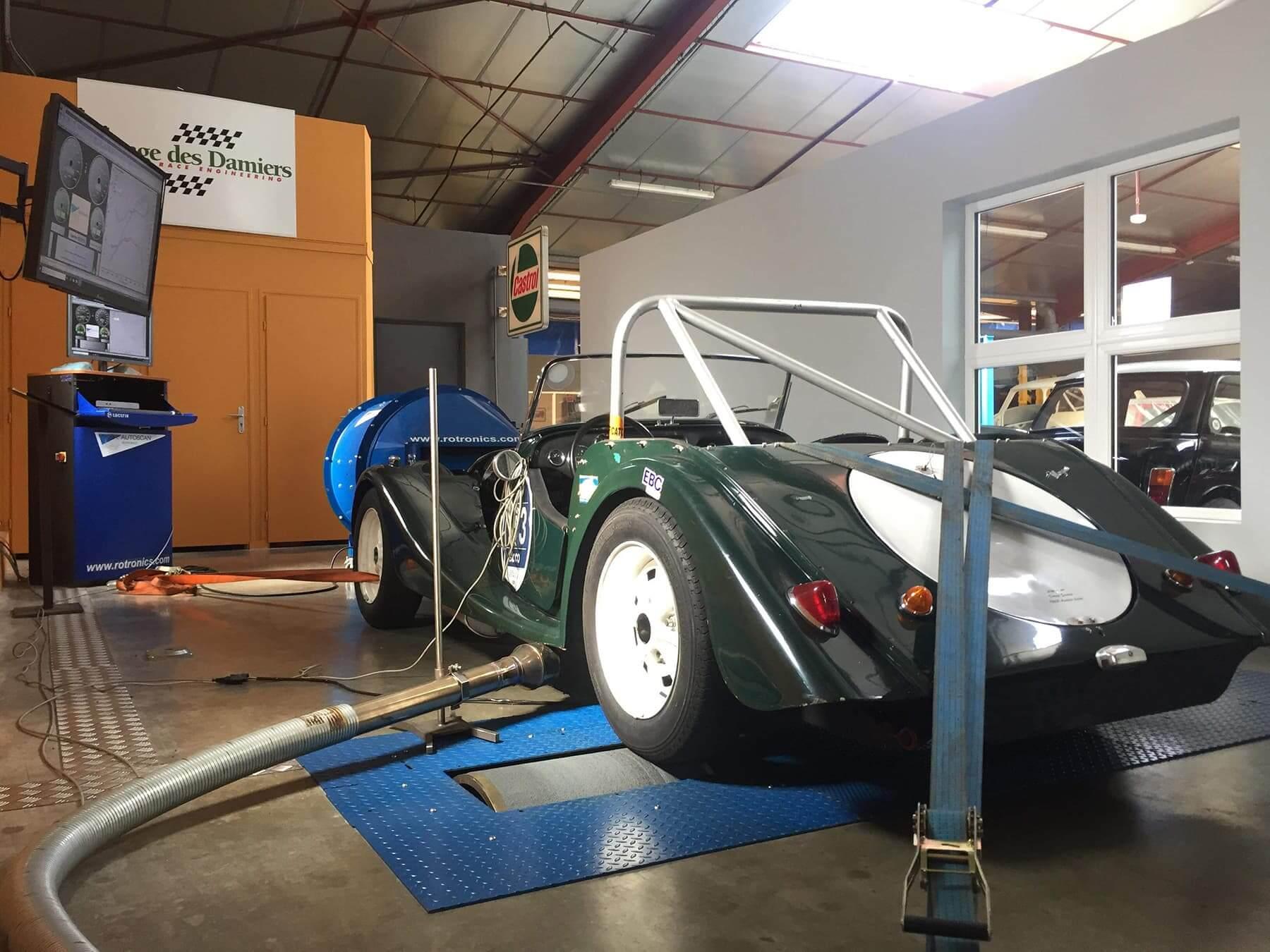 Garage des Damiers optimise les performances de votre voiture sur son banc de puissance