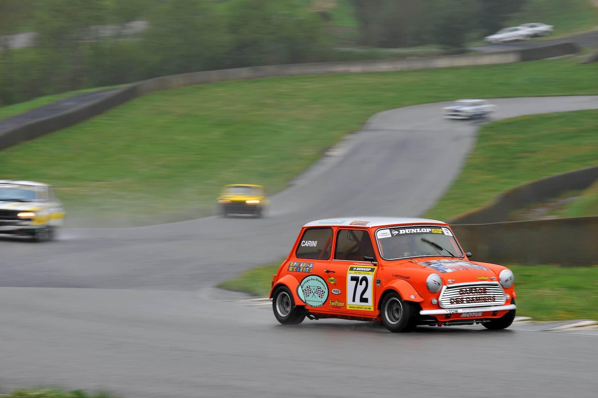 Mini Miglia car racing sur le circuit de Charade, piloté par Grégory Carini