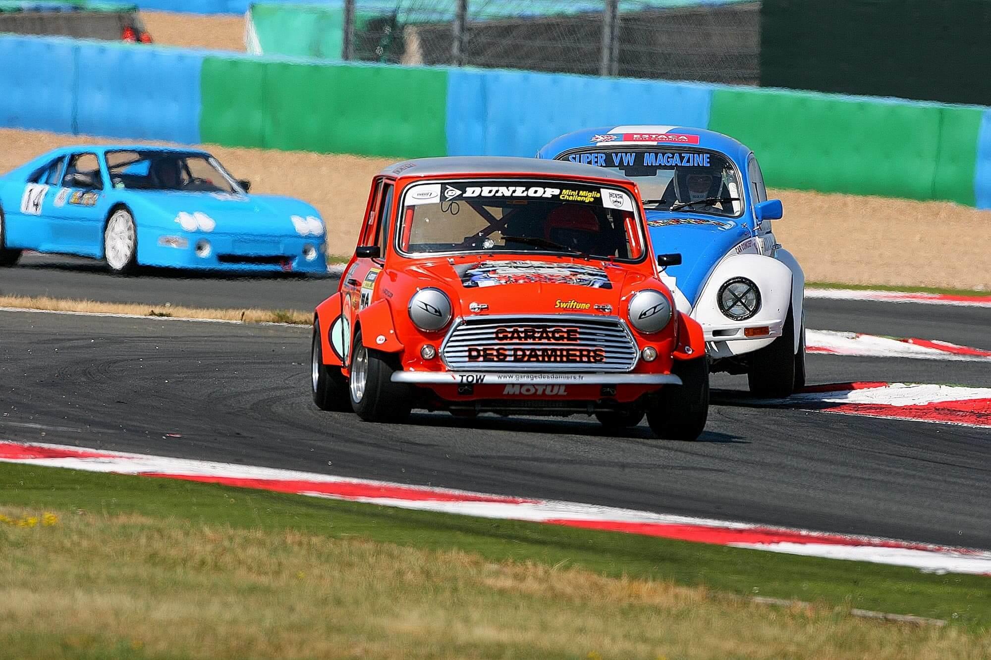 mini austin - voiture de course - vintage car