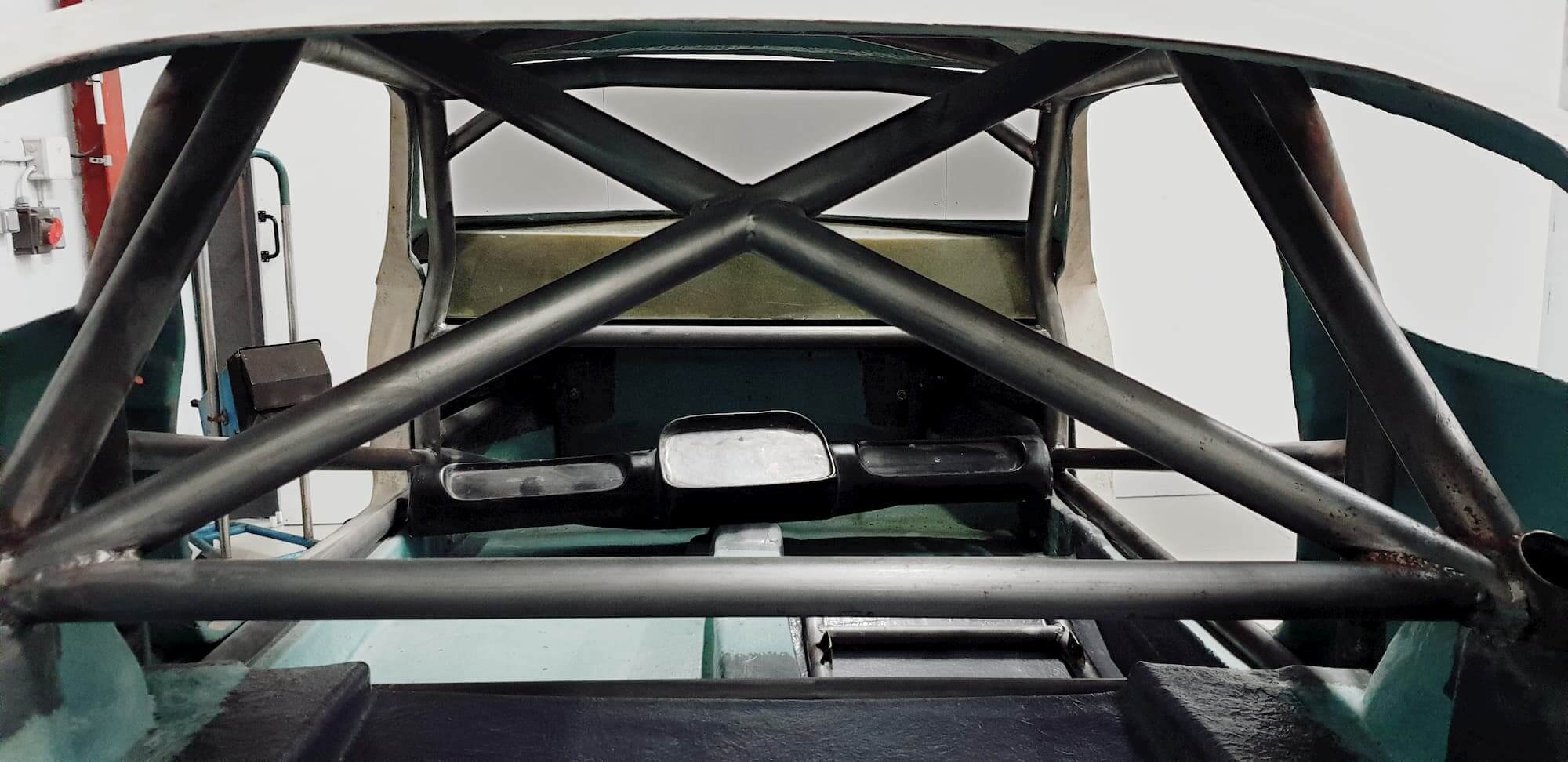 mini marcos - arceau voiture - custom cage - roll cage