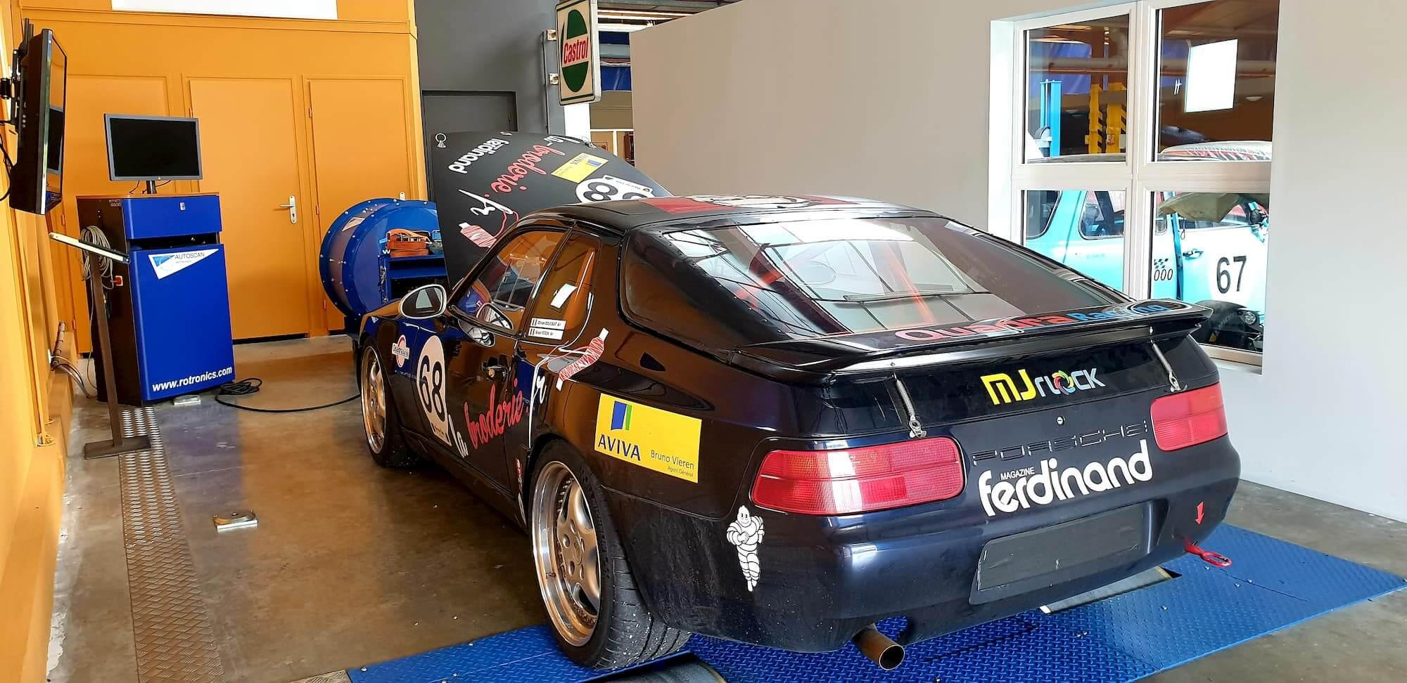 Porsche 968 - racing engineering - performance - car racing