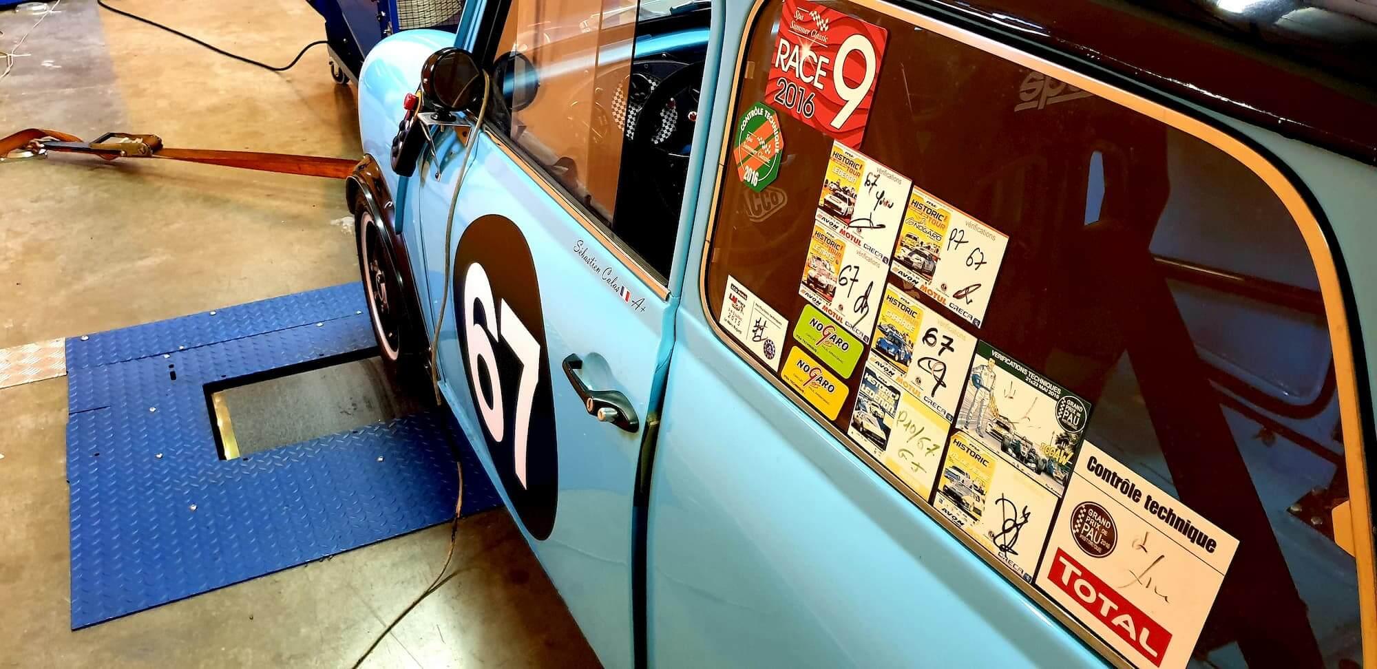 Mini cooper 1293cc sur le banc de puissance Rotronics - Old bristish car