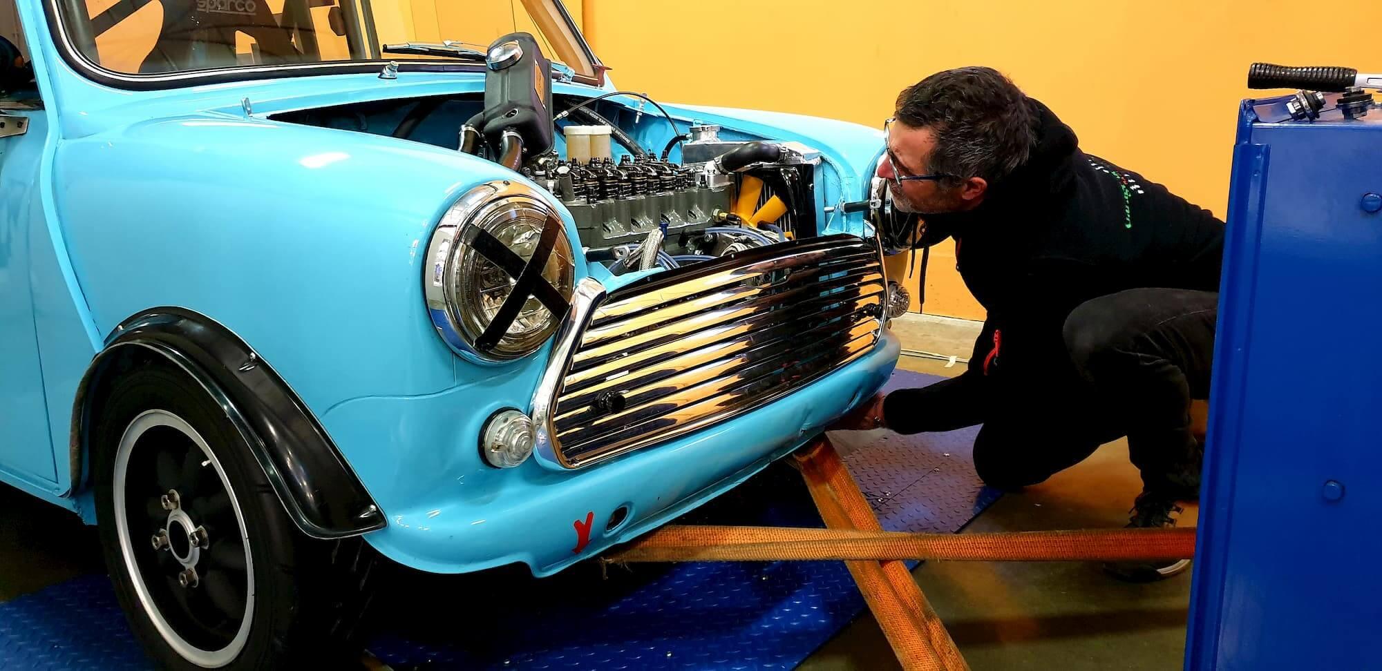 Austin mini 1293cc sur le banc de puissance - Maxi 1000 - Maxi 1300