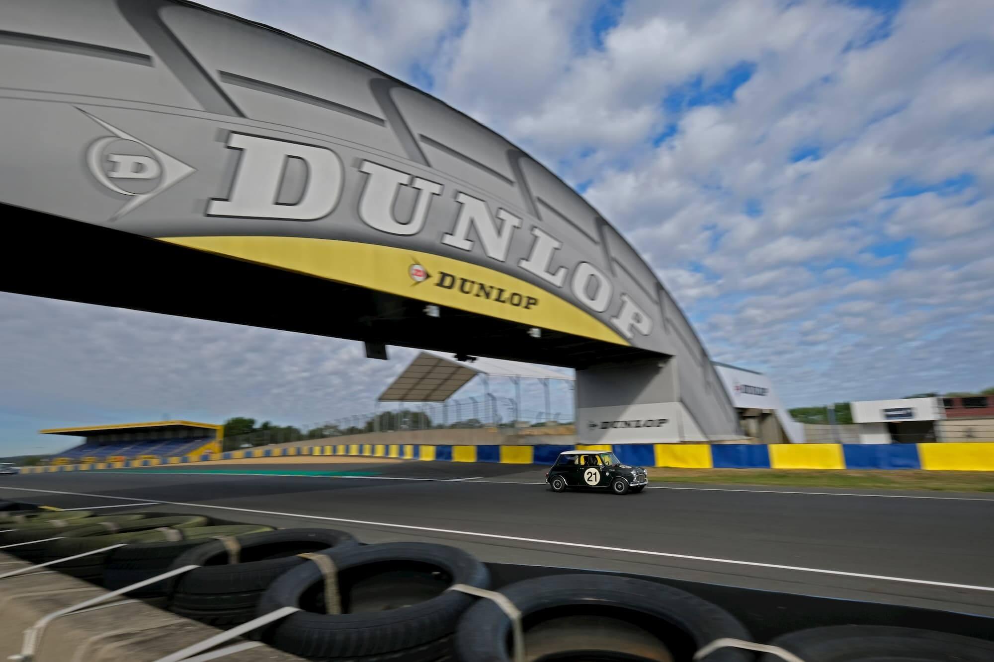 Le Mans Classic - Car racing Mini Austin Cooper S MK1