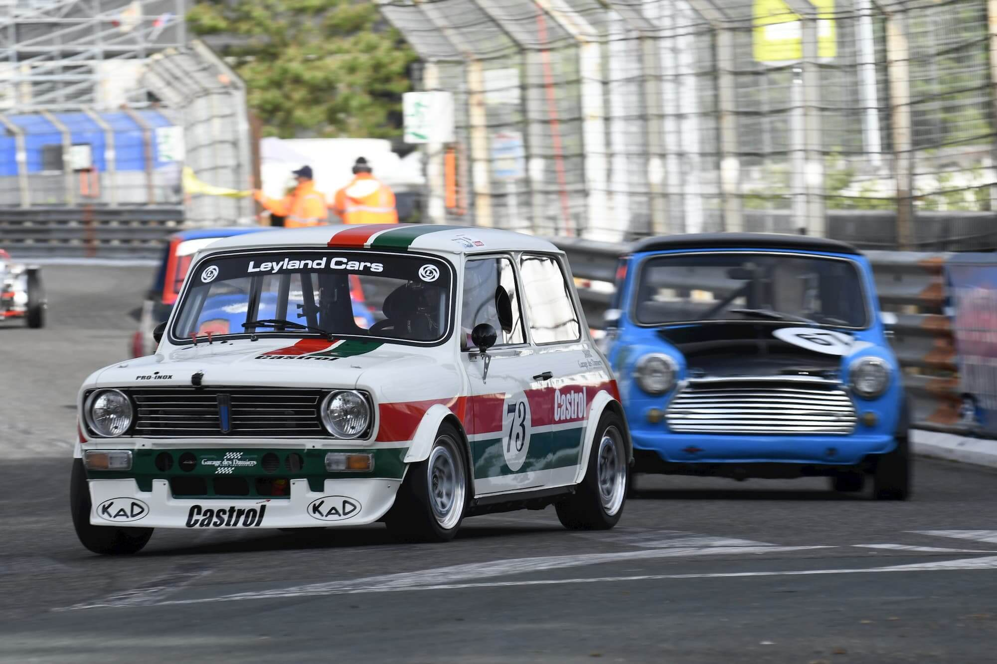 Mini 1275 GT Historic Tour à Pau - british car performance