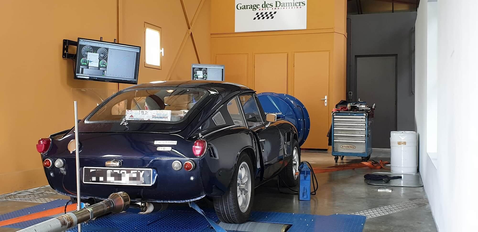 Triumph GT6 sur le banc de puissance Rotronics du Garage des Damiers