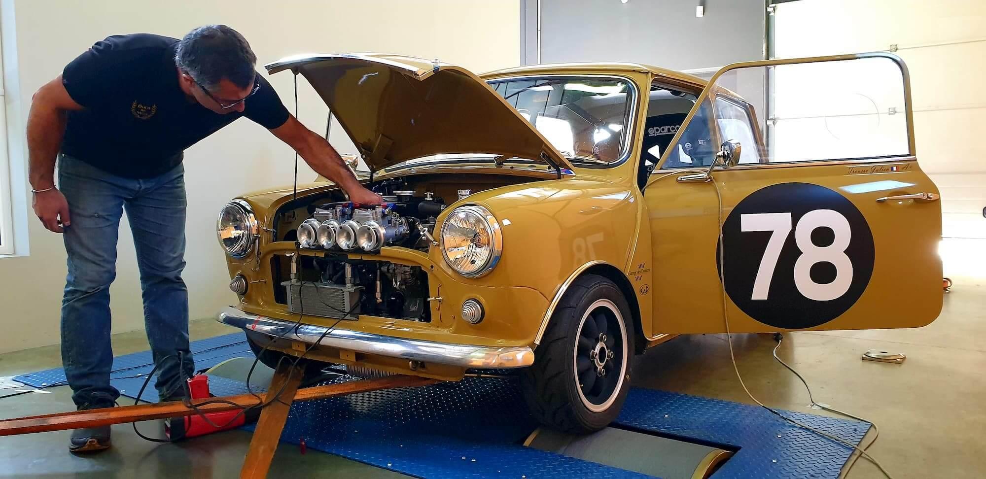 Austin Mini MK2 - ASAVE 75 - Banc de puissance Rotronics