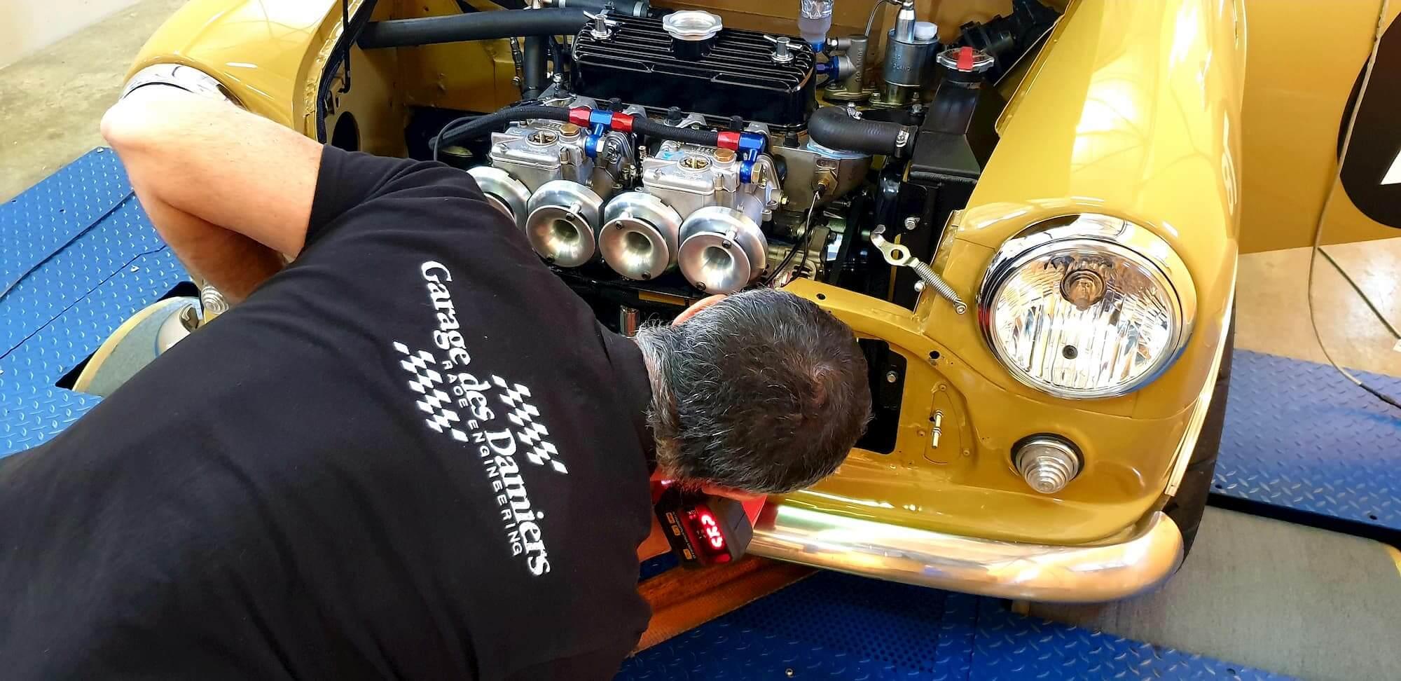 Mini Austin 1293cc sur le banc de puissance Rotronics - Old british car